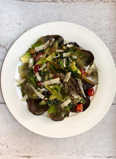 Dandelion Salad With Grapes